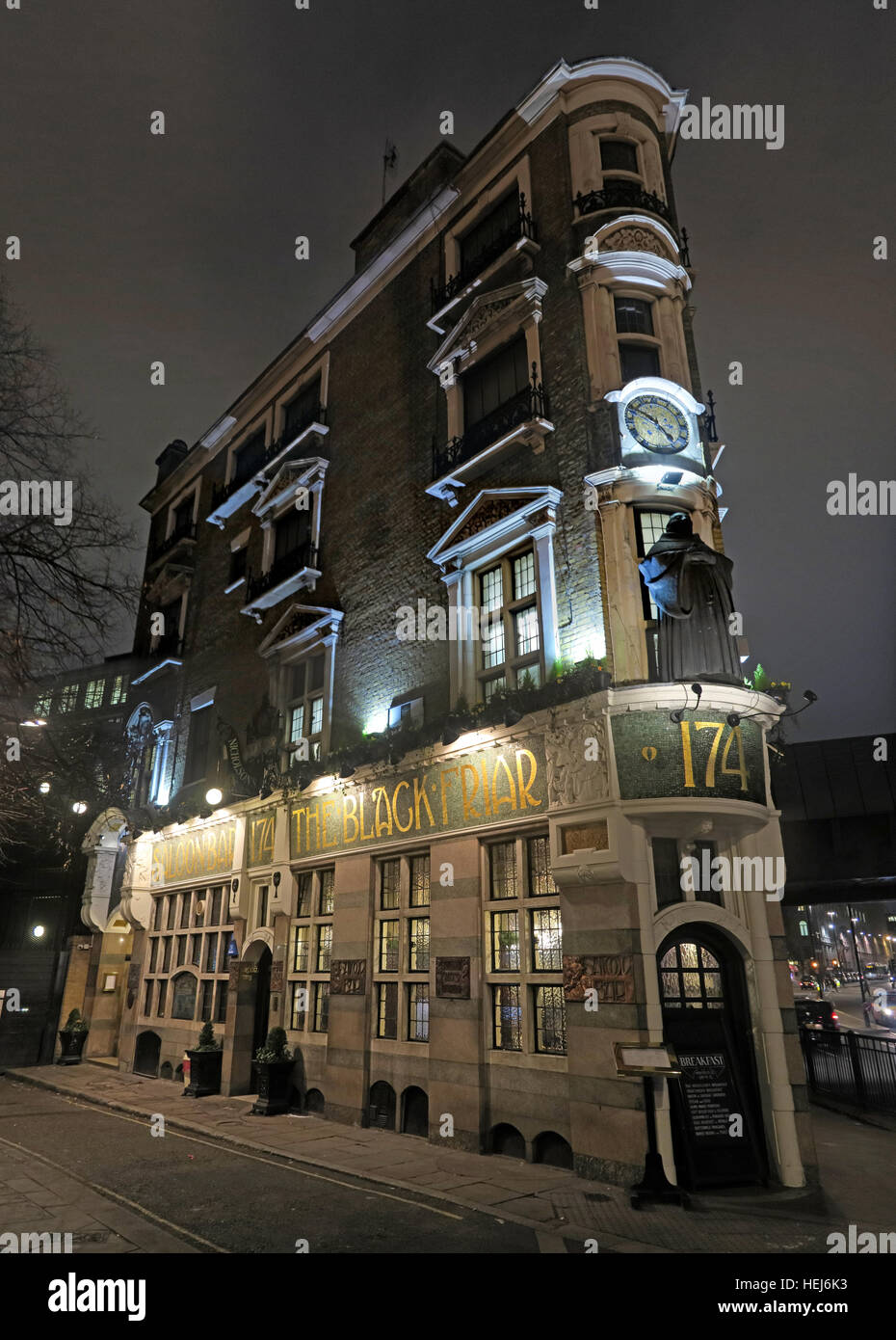 City Centre,City,Centre,dusk,pub,pubs,bars,bar,classic,CAMRA,real,ale,realale,real ale,art,deco,artdeco,art-deco,The Black Friar,at,night,dusk,drinking,beer,beers,gin,palace,gin palace,pano,panorama,classic,Henry Poole,Herbert Fuller-Clark,Art Nouveau,GoTonySmith,@HotpixUK,Tony,Smith,UK,GB,Great,Britain,United,Kingdom,English,British,England,London,Greater,problem,with,problem with,issue with,LDN,City,Centre,cities,Urban,Urbanist,town,infrastructure,transport,tour,tourism,tourists,urban,attraction,attractions,pubs,bars,of,London,classic,tourist,attraction,travel,vacation,Buy Pictures of,Buy Images Of,Images of,Stock Images,Tony Smith,United Kingdom,Great Britain,Greater London,British Isles,City Centre,Pubs Of London,must see