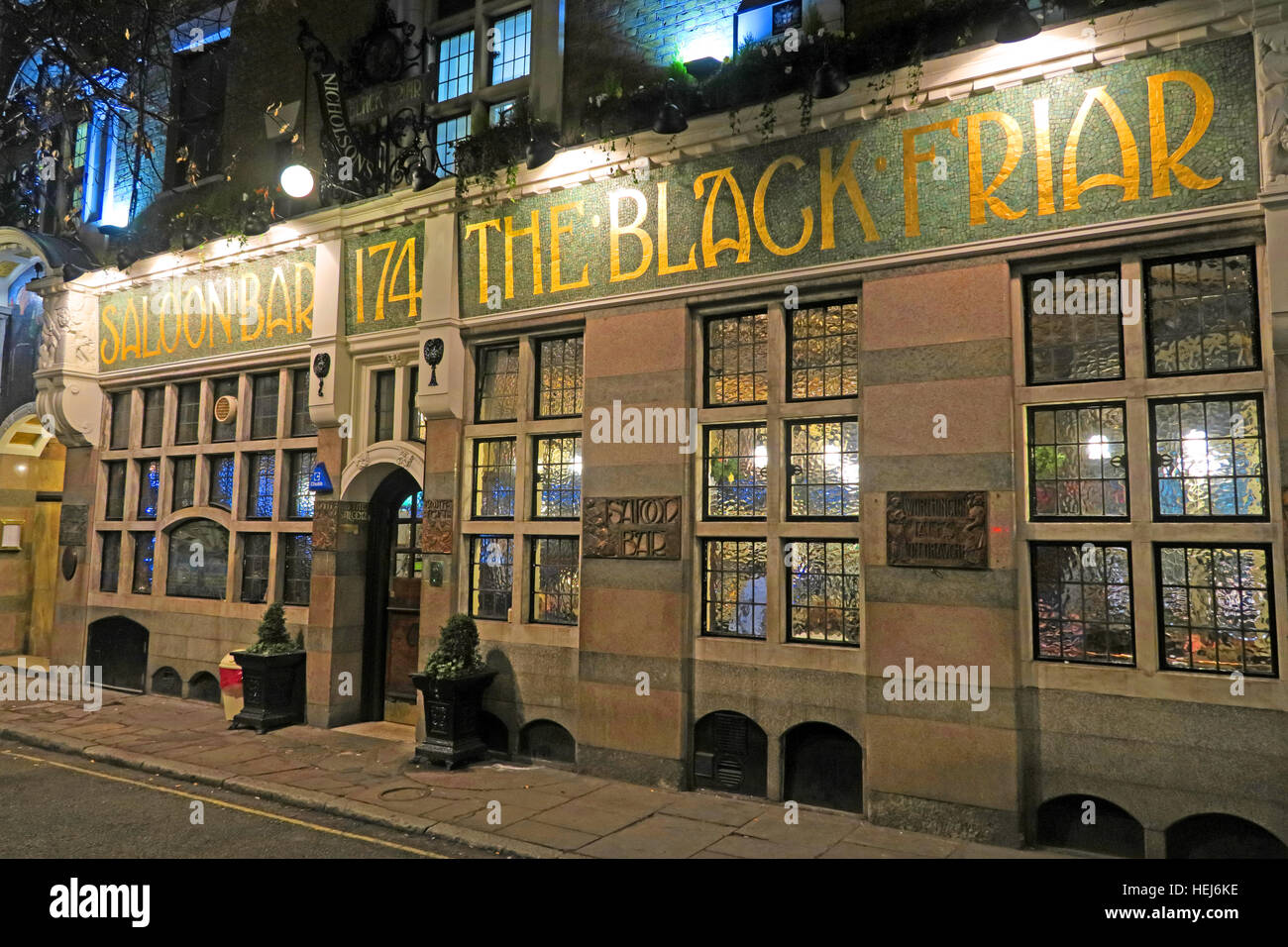 City Centre,City,Centre,dusk,pub,pubs,bars,bar,classic,CAMRA,real,ale,realale,real ale,art,deco,artdeco,art-deco,The Black Friar,at,night,dusk,drinking,beer,beers,gin,palace,gin palace,174,dusk,Henry Poole,Herbert Fuller-Clark,Art Nouveau,GoTonySmith,@HotpixUK,Tony,Smith,UK,GB,Great,Britain,United,Kingdom,English,British,England,London,Greater,problem,with,problem with,issue with,LDN,City,Centre,cities,Urban,Urbanist,town,infrastructure,transport,tour,tourism,tourists,urban,attraction,attractions,pubs,bars,of,London,classic,tourist,attraction,travel,vacation,Buy Pictures of,Buy Images Of,Images of,Stock Images,Tony Smith,United Kingdom,Great Britain,Greater London,British Isles,City Centre,Pubs Of London,must see