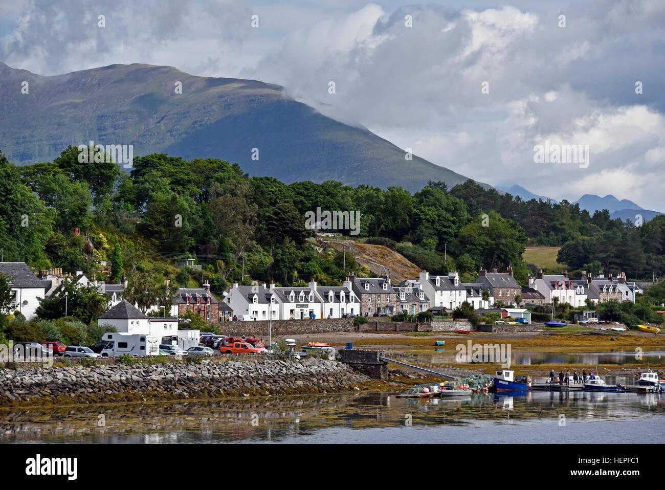 plockton-ross-and-cromarty-scotland-united-kingdom-europe-HEPFC1.jpg