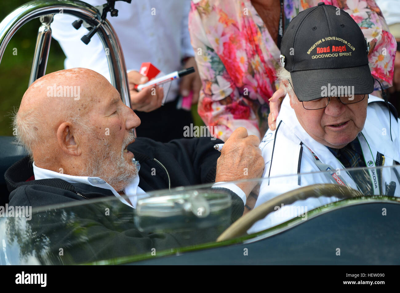 stirling-moss-at-the-2016-goodwood-festival-of-speed-at-the-wheel-HEW090.jpg