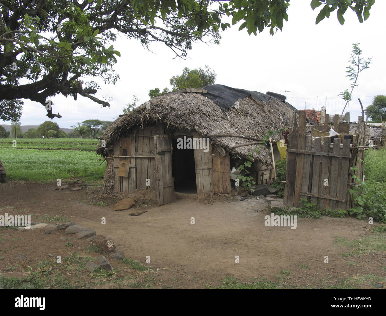 [Image: indian-rural-village-hut-HFWKYD.jpg]