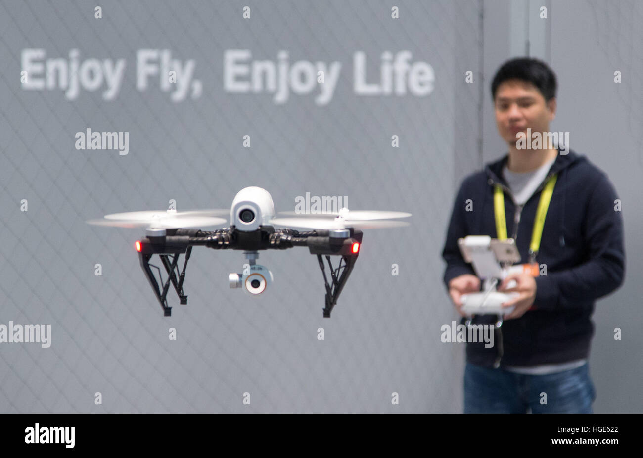 Las Vegas, US. 06th Jan, 2017. A remote-controlled drone is being operated at the CES technology trade fair in Las Stock Photo