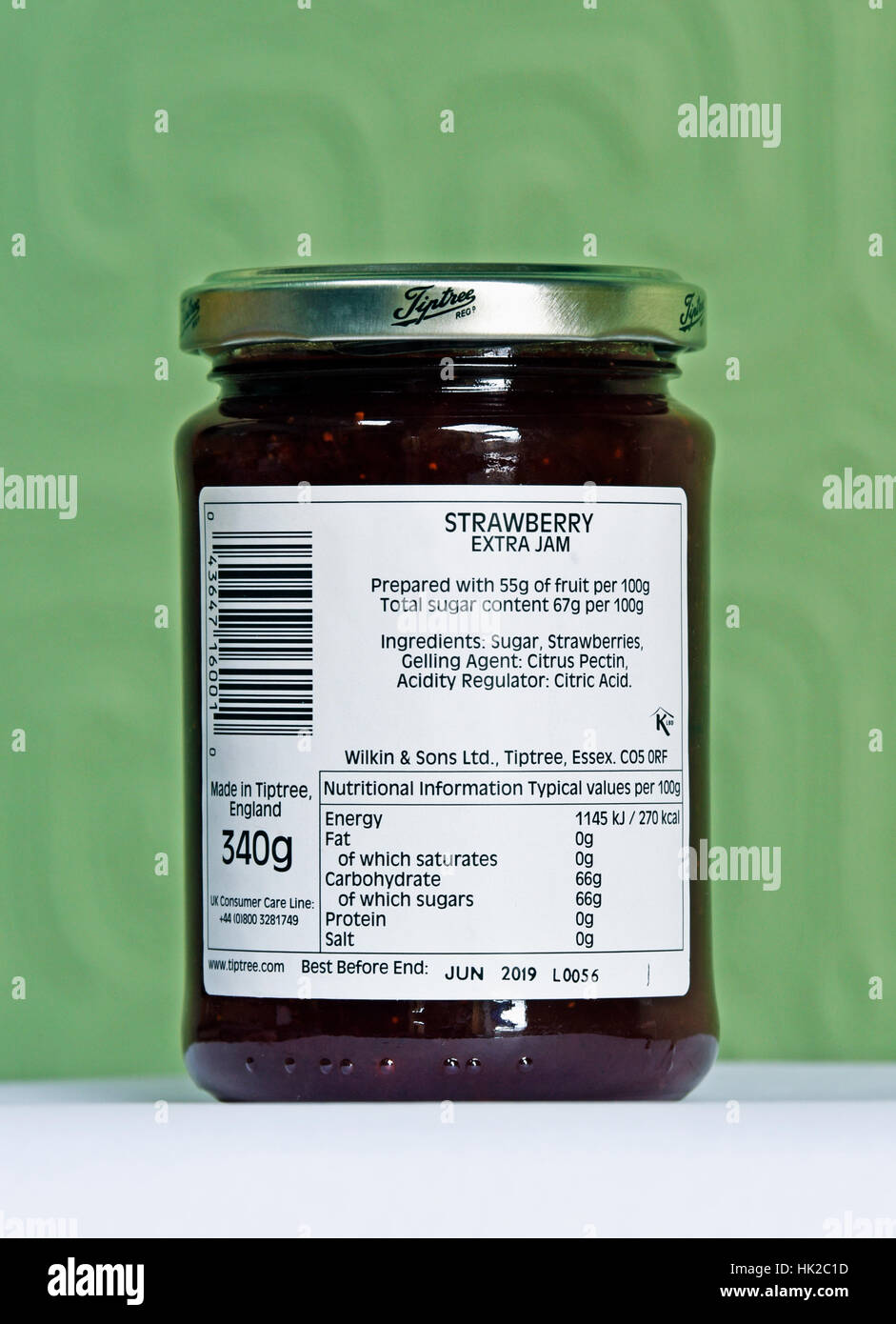 ingredients-and-nutritional-information-jar-of-wilkin-sons-ltd-tiptree-HK2C1D.jpg