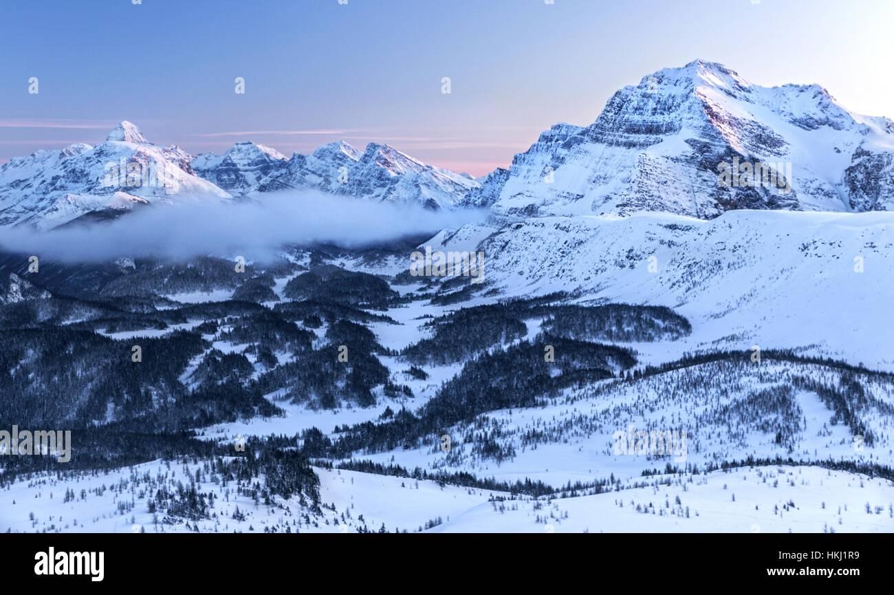 winter-alpenglow-snowy-scenic-landscape-