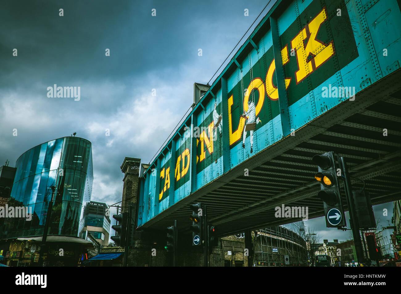 Camden Lock bridge - Stock Image
