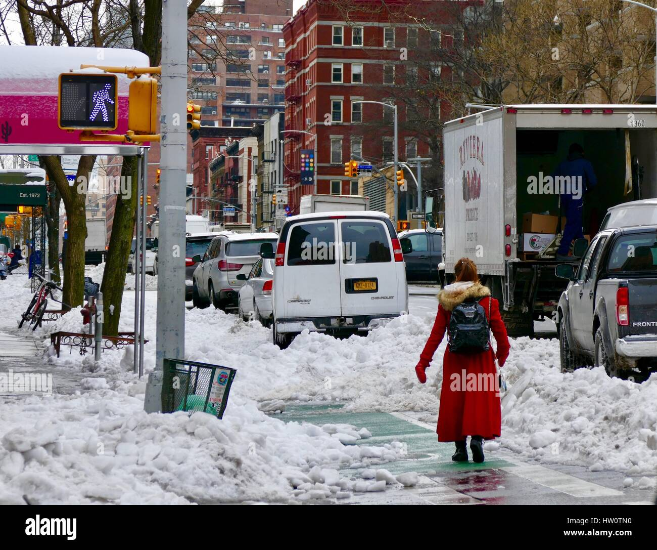 nyc-street-scene-day-after-storm-stella-