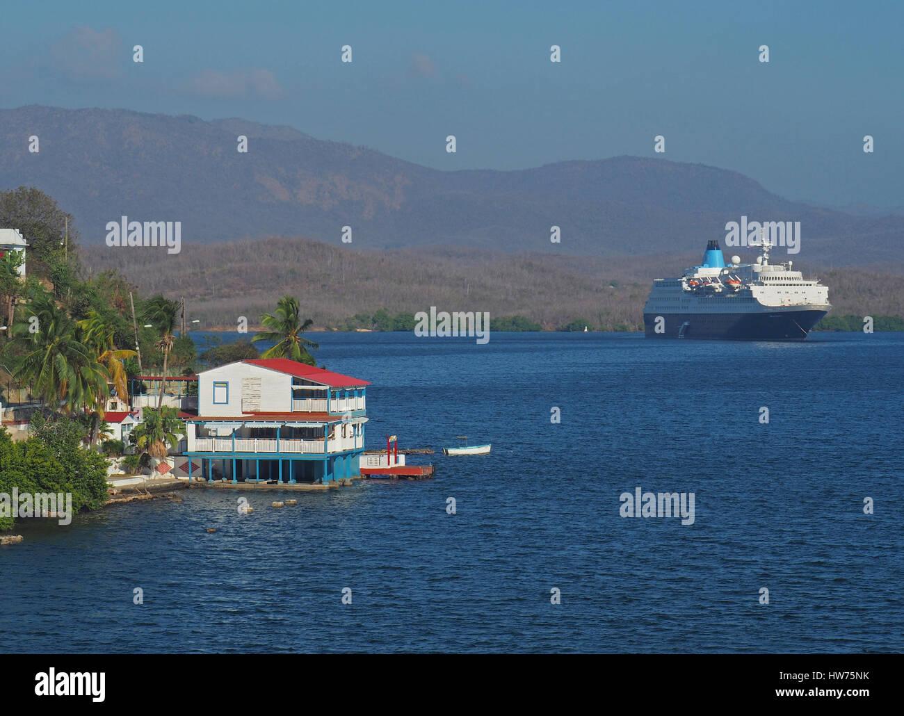 Cruise ship Saga Sapphire in harbor of Santiago de Cuba. - Stock Image