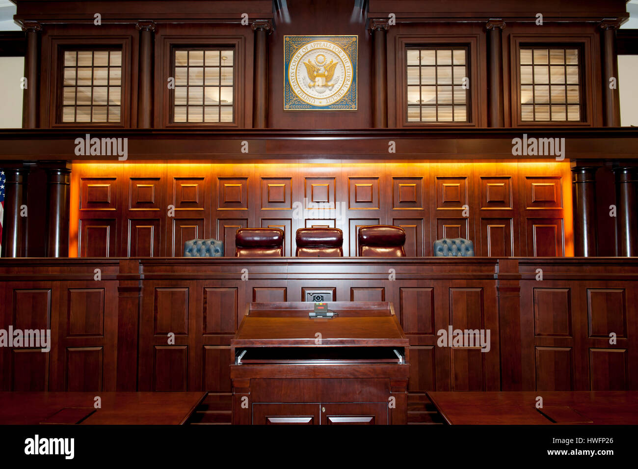 interior-of-a-united-states-federal-appeals-courtroom-in-washington-HWFP26.jpg