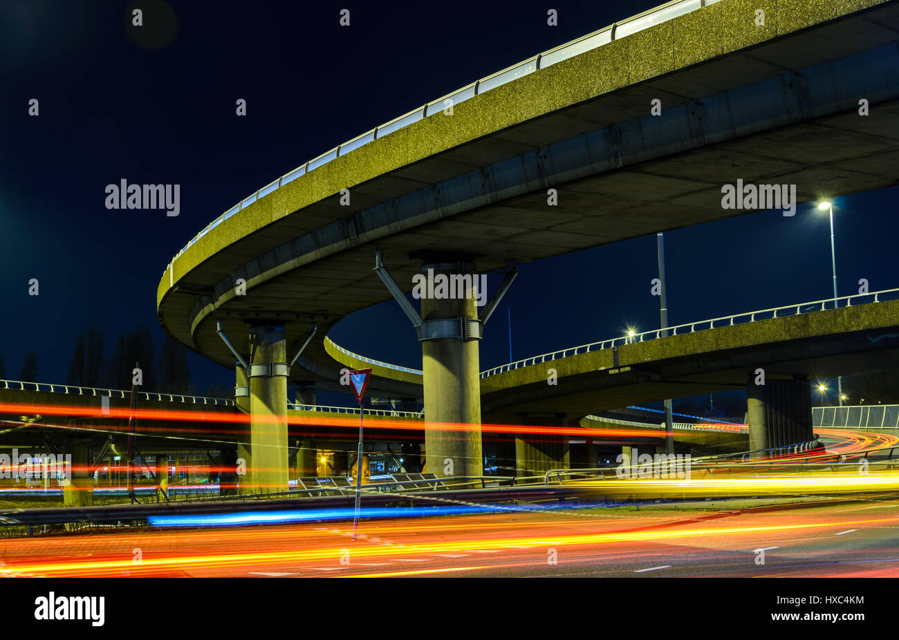 long-exposure-of-busy-overpass-in-rotterdam-netherlands-HXC4KM.jpg