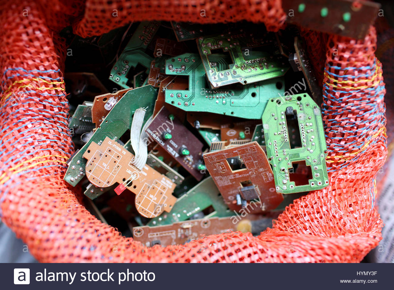 Small Circuit Boards In A Bag Village Near Kolkata Whose Stock How To Recycle Residents E Waste