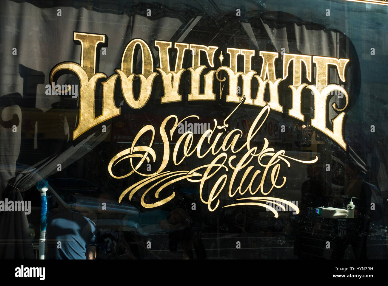 Love Hate Social Club, a tattoo parlor in Lower Manhattan - Stock Image
