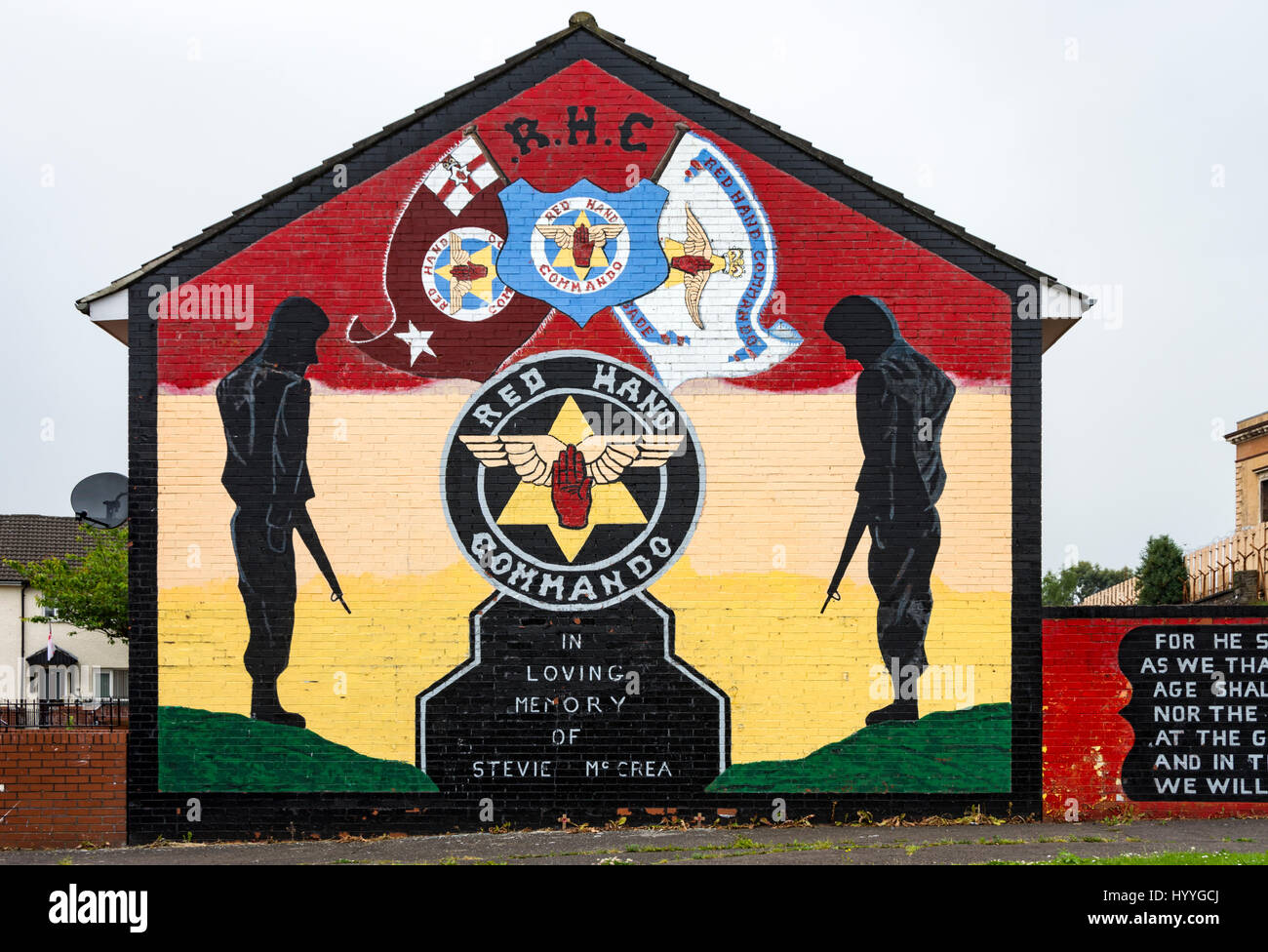 Red Hand Commando loyalist wall mural on the Shankill estate Stock ...