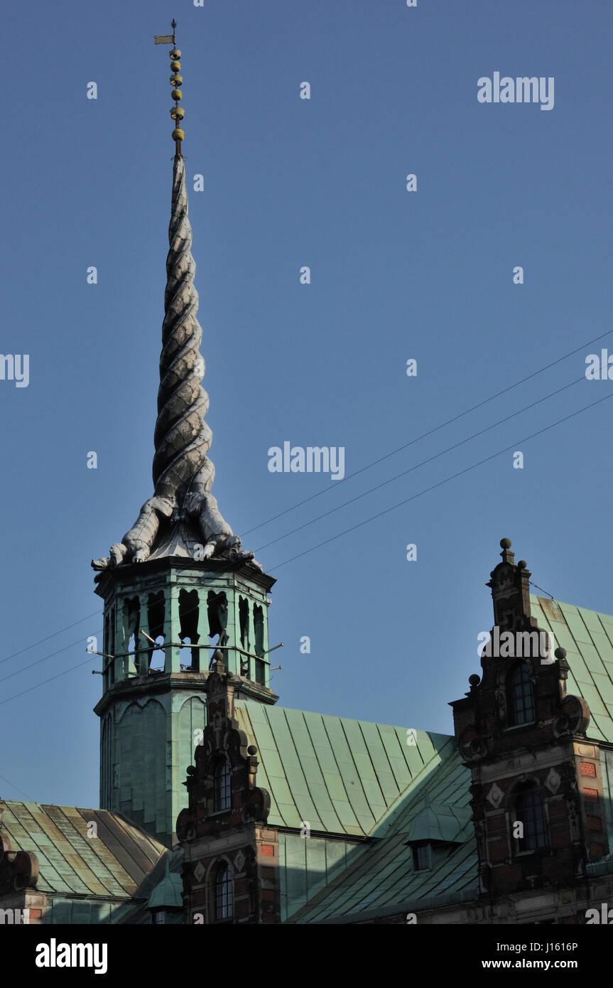 borsen 17th century stock exchange dragon spire - Stock Image