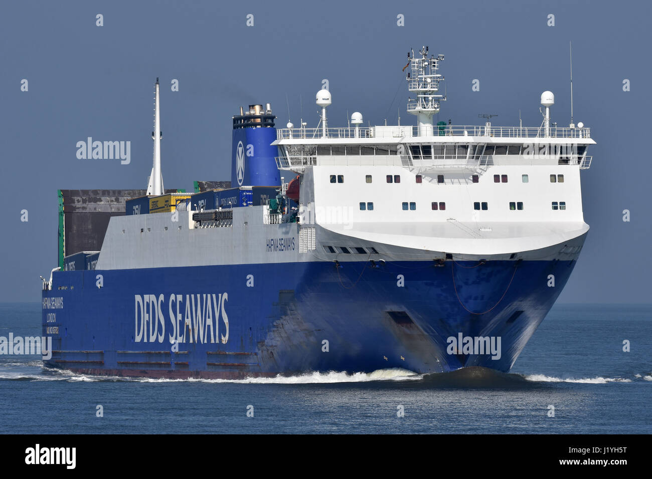 Hafnia Seaways inbound Cuxhaven from Immingham Stock Photo