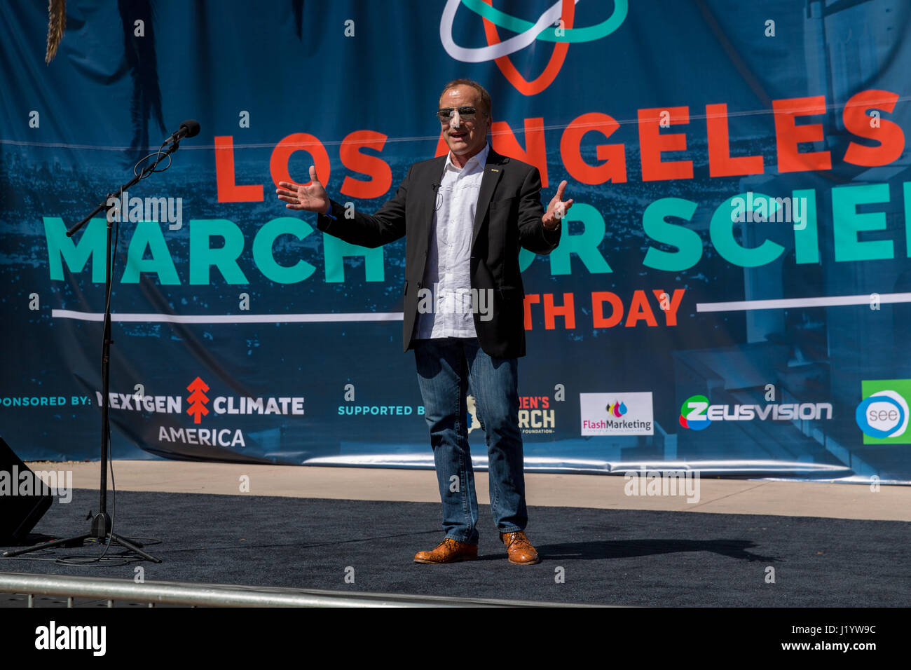 Science writer Michael Shermer speaks at the Los Angeles March For Science in Pershing Square, Downtown L.A. on - Stock Image