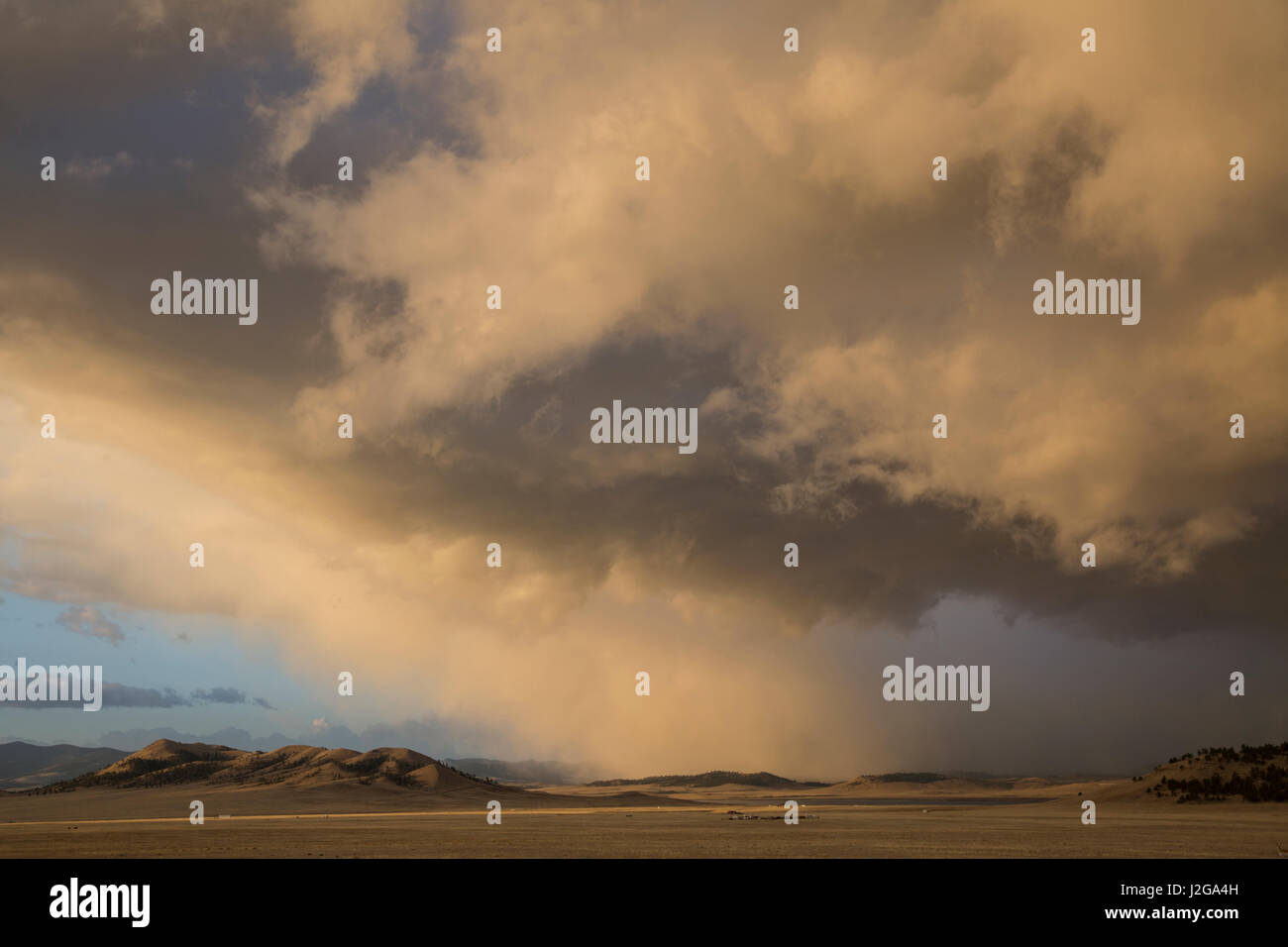 USA, Colorado. Spring storm clouds at sunrise above South Park. Credit as: Don Grall / Jaynes Gallery / DanitaDelimont.com - Stock Image