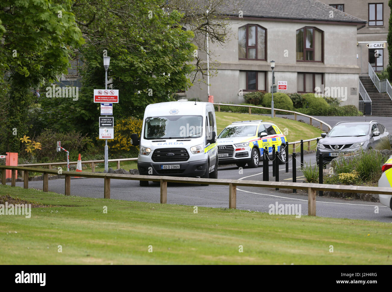 e06988936f A garda van and an armed support unit vehicle leaving Waterford Courthouse  after a 25-year-old man appeared in court after being charged by detectives  ...