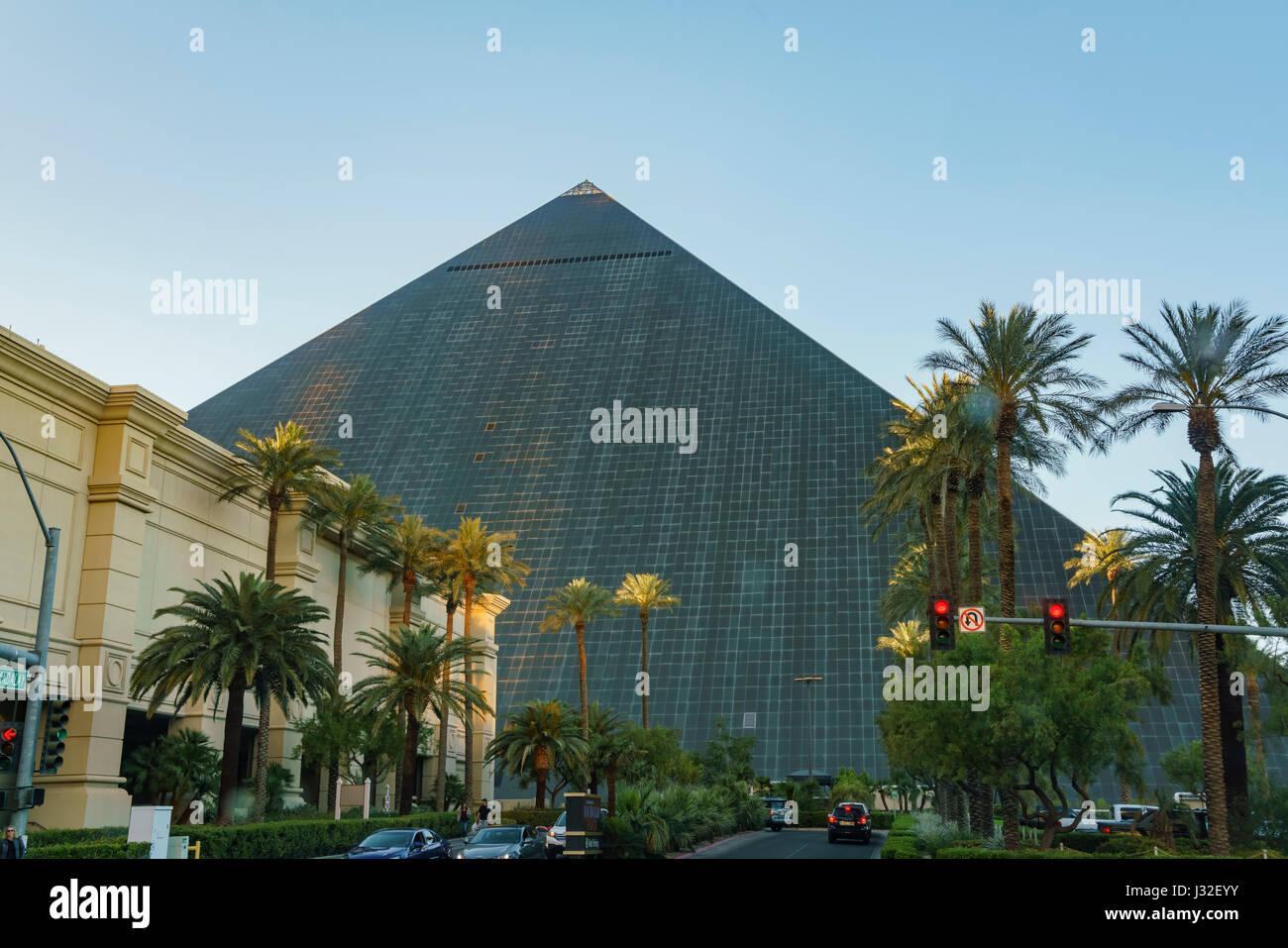 The Big Pyramid Of Luxor Hotel Casino Las Vegas Nevada Stock