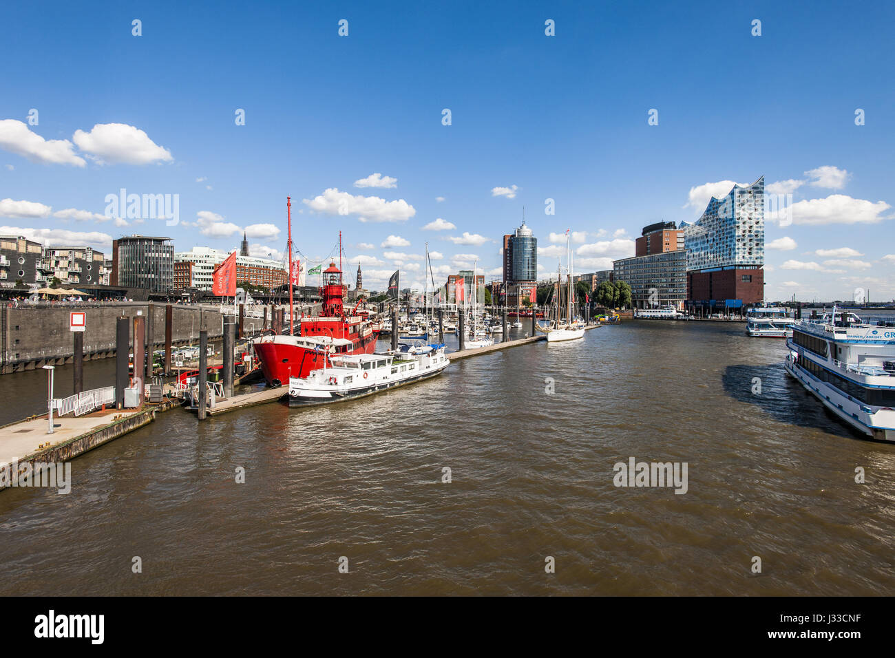Hamburgs new Elbphilharmonie and view to the sport boat harbour, modern architecture in Hamburg, Hamburg, north - Stock Image