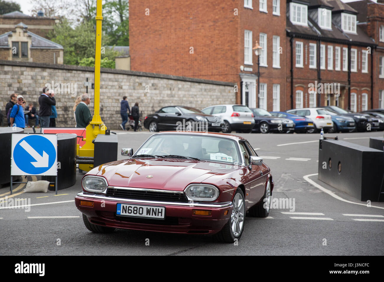 A Procession Of 250 Vintage Jaguar Cars Makes Its Way Through Windsor Town  Centre Into Windsor Castle During The Royal Windsor Jaguar Festival In Aid  Of The ...
