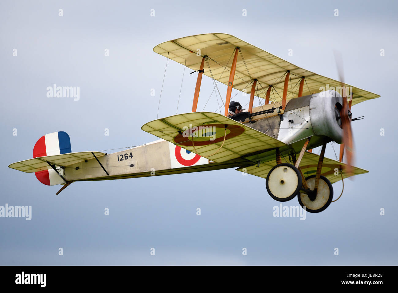 bristol-scout-1264-at-an-airshow-at-shuttleworth-aerodrome-space-for-JB8R28.jpg