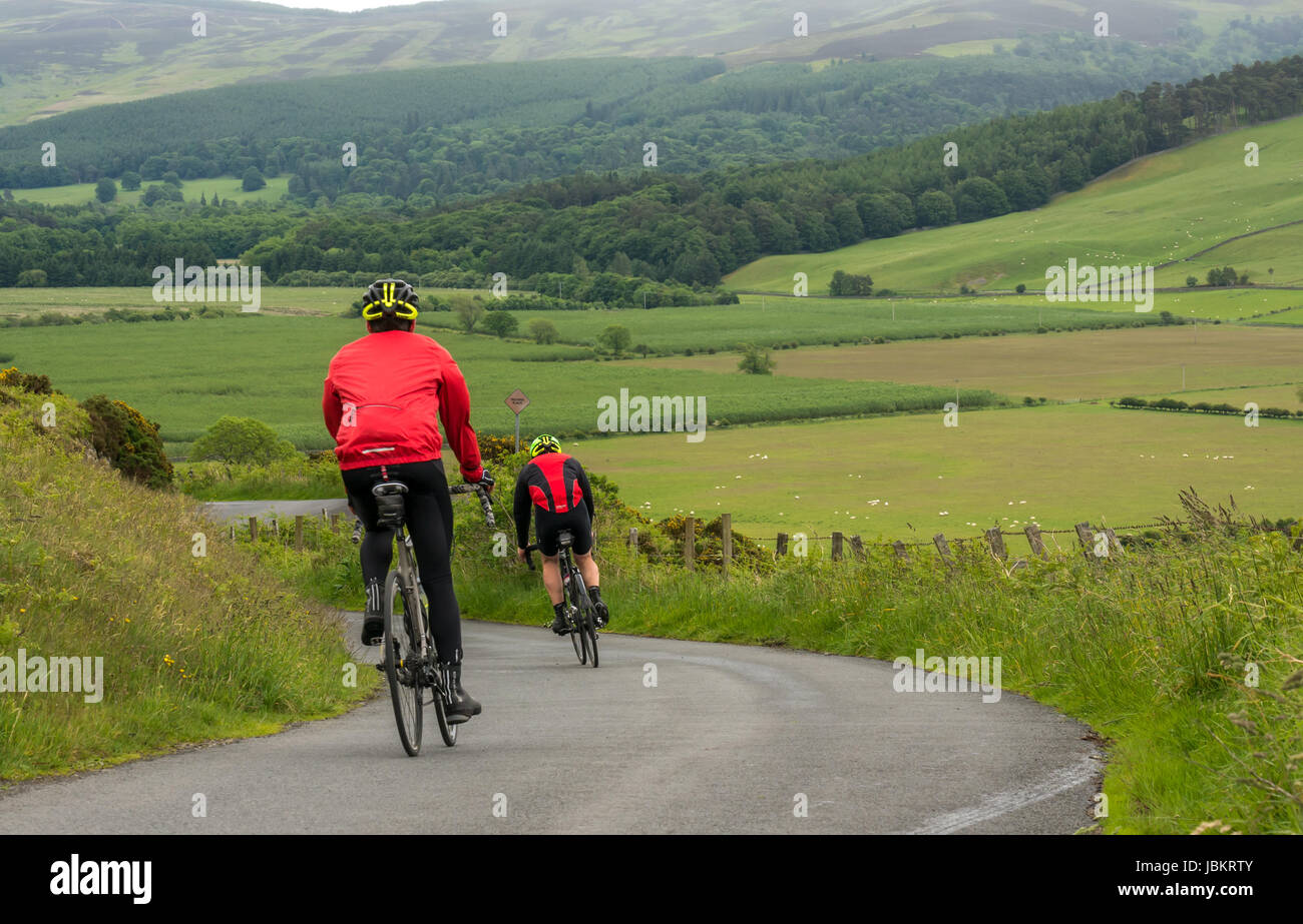 cyclists-racing-down-dreva-hill-long-dis