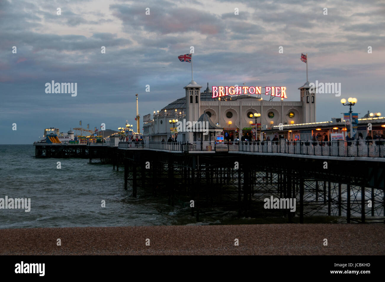 brighton-pier-united-kingdom-JCBKHD.jpg