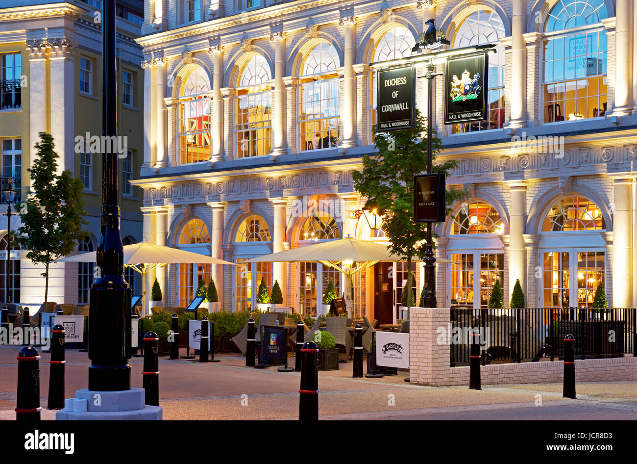 the-duchess-of-cornwall-inn-at-night-poundbury-dorset-england-uk-JCR8D3.jpg
