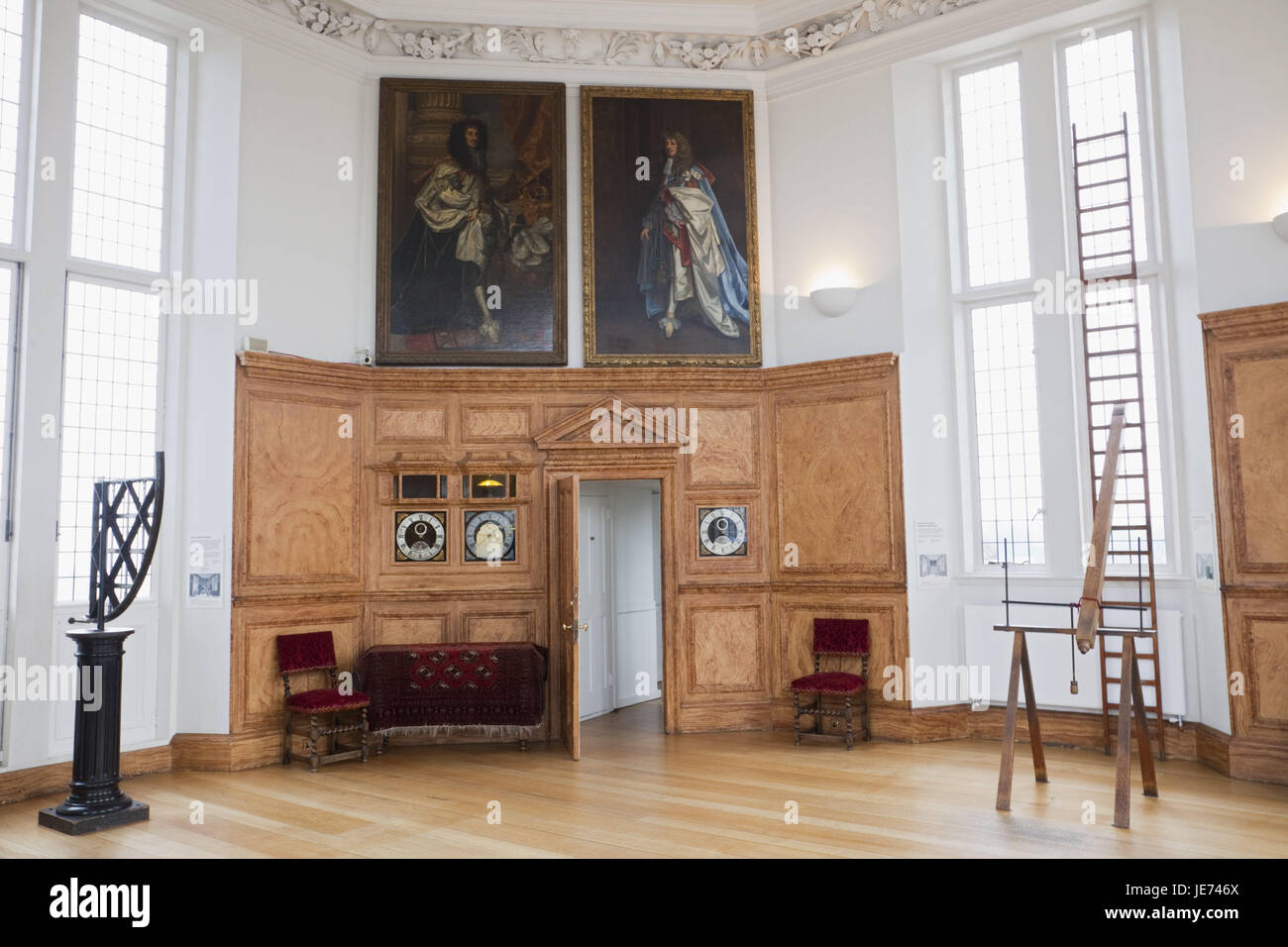 Charming England, London, Greenwich, Royal Observatory, Octagon Room, Inside, Door,  Openly, Room, Room, Nobody, Pictures, Chairs, Conductors, Inside, Place Of  ...