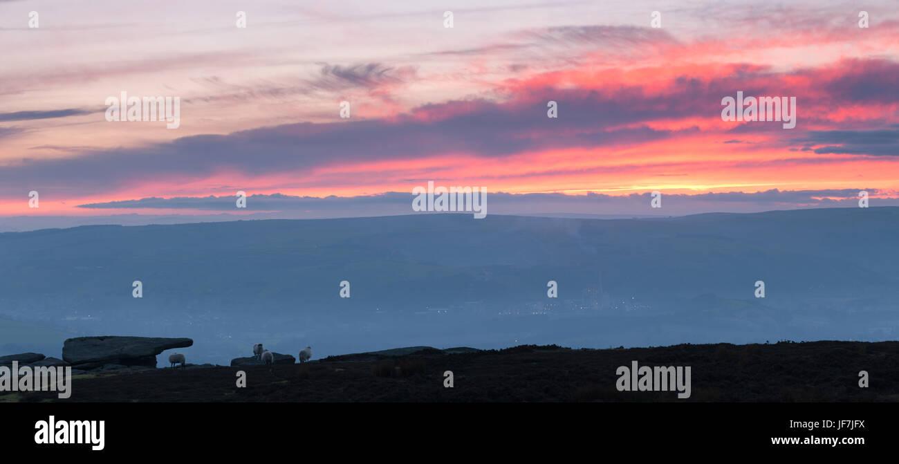 Bamford Edge, Peak District, Derbyshire - Stock Image