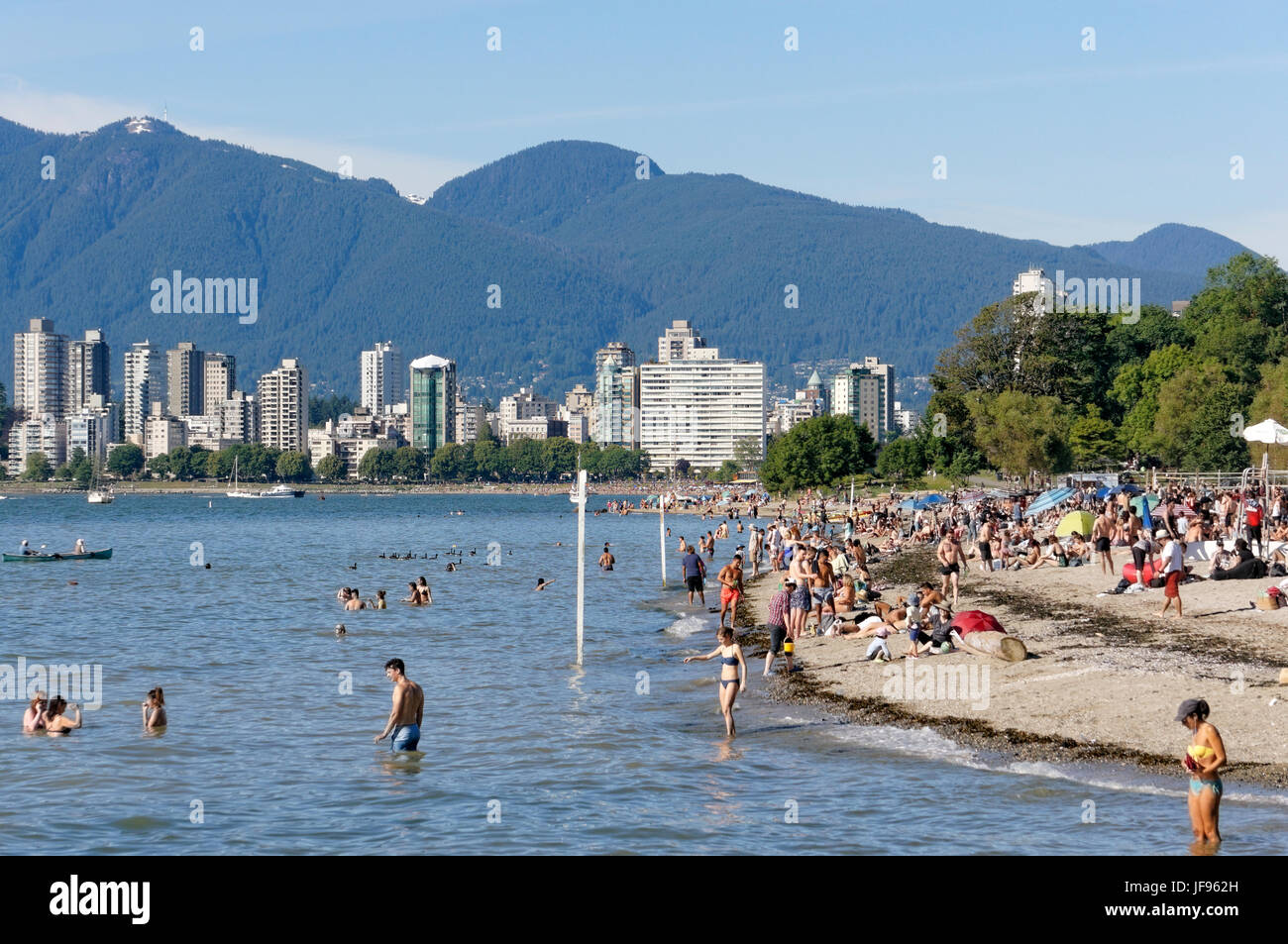 people-sunbathing-and-swimming-in-englis