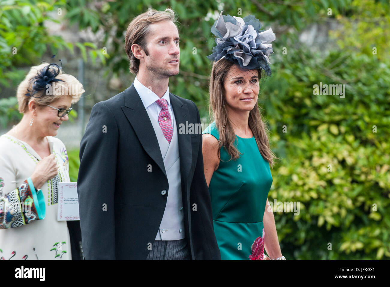 glengarriff-west-cork-ireland-1st-july-2017-pippa-middleton-and-her-JFKGX1.jpg
