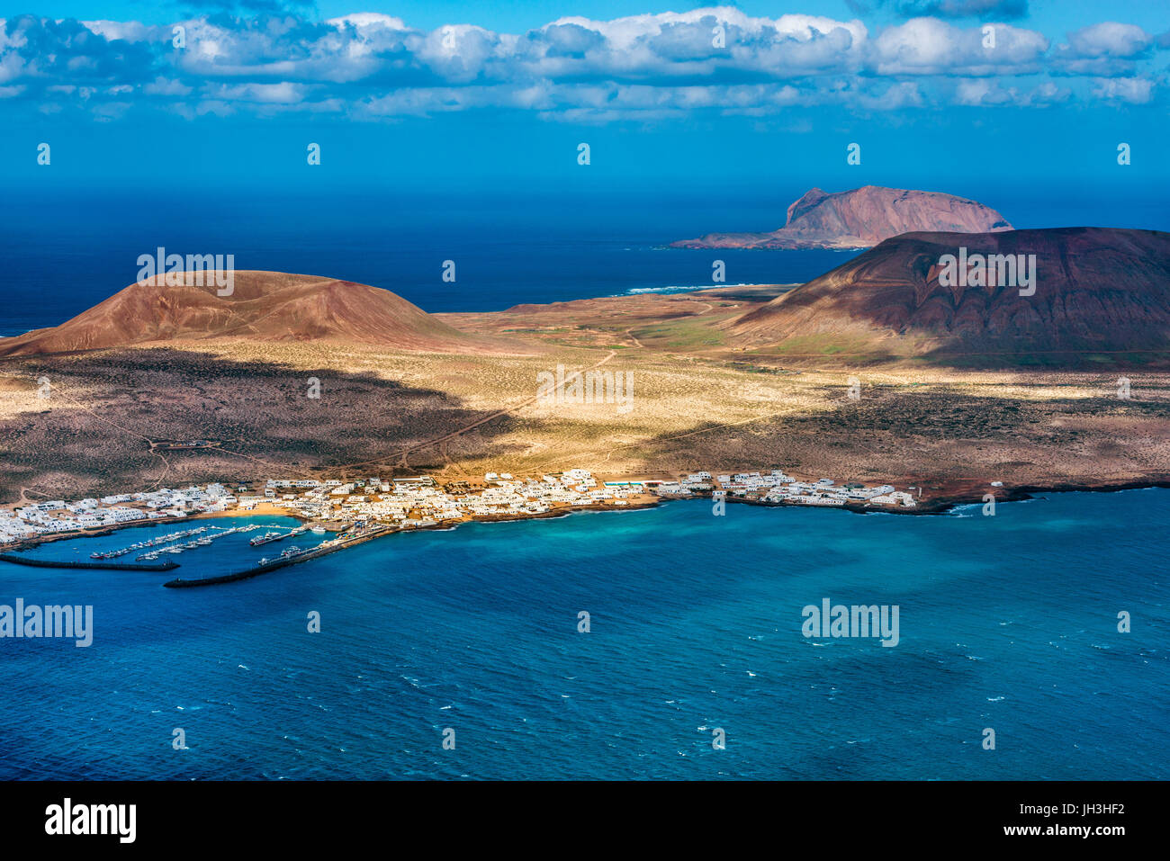 Islands of La Graciosa and Montana Clara off the northern coast of Lanzarote, Canary Islands, Spain Stock Photo