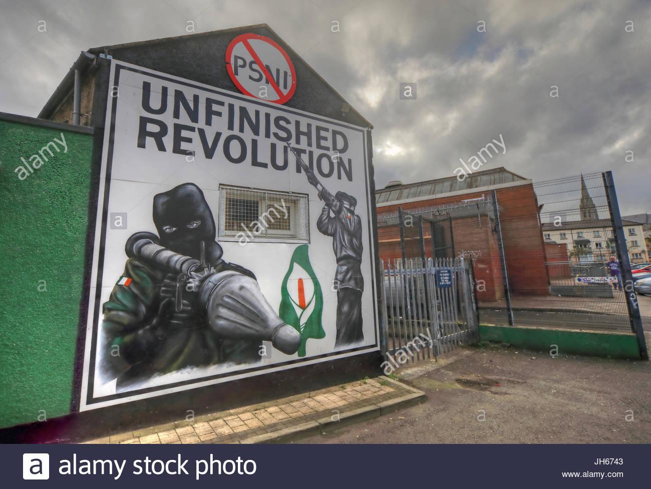 Irish,Bogside,Troubles,Political,NorthernIreland,tourist,Tourism,Struggle,DerryCity,Peace,Art,Culture,violence,fighter,painting,Bogside Mural,Bogsidemural,colour,gotonysmith,Sunday Bloody Sunday,SundayBloodySunday,Unfinished Revolution,Revolution