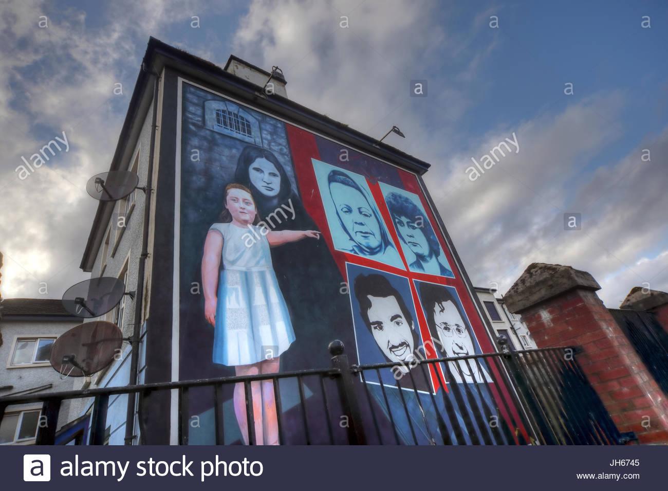 Irish,Bogside,Troubles,Political,NorthernIreland,tourist,Tourism,Struggle,DerryCity,Peace,Art,Culture,violence,fighter,painting,Bogside Mural,Bogsidemural,colour,gotonysmith,Sunday Bloody Sunday,SundayBloodySunday