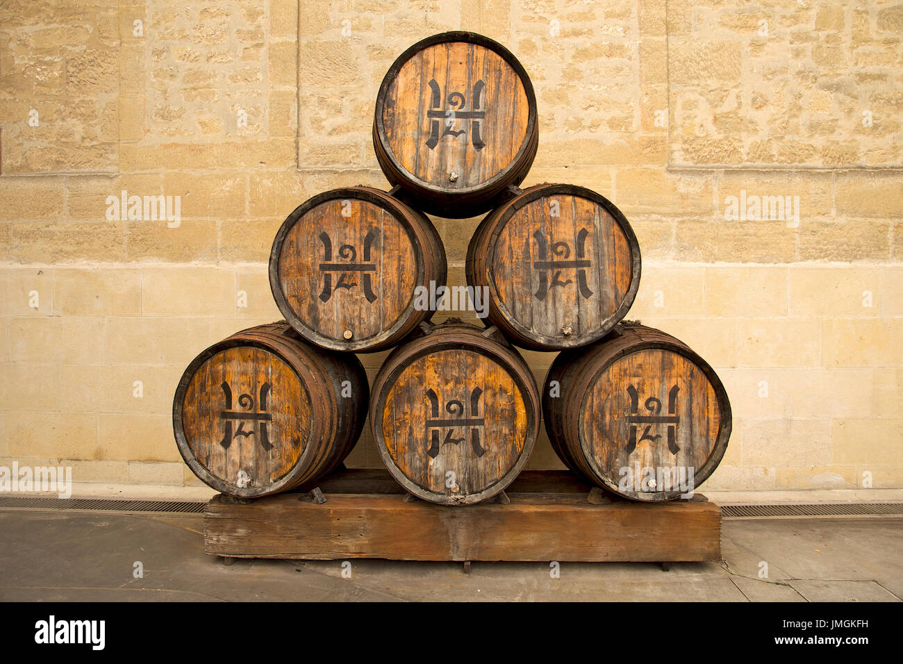 set-of-six-stacked-wine-barrels-from-lpe