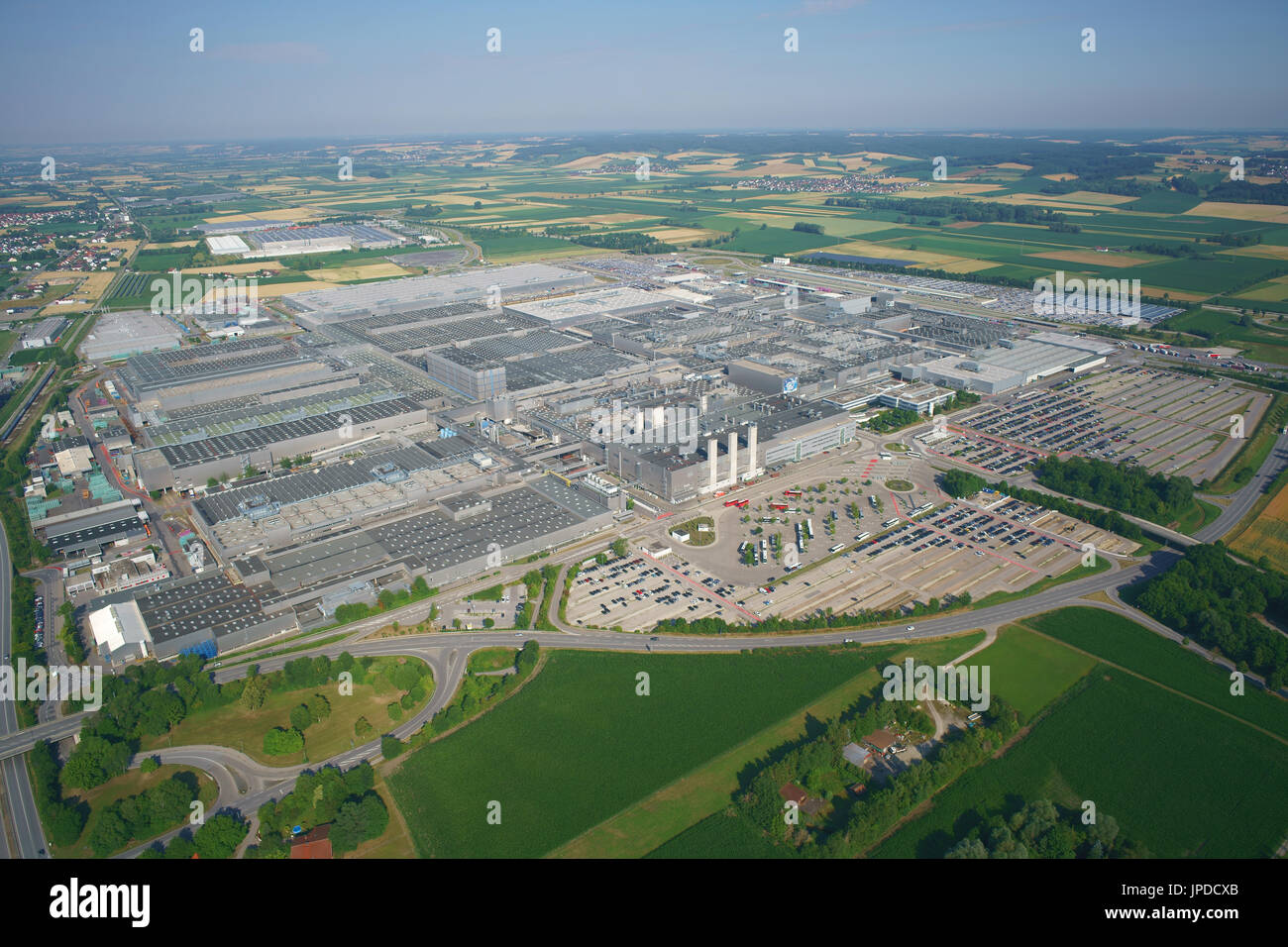 MEGA FACTORY WITH A YEARLY PRODUCTION OF 340,000 CARS (in 2015) (aerial view). BMW Group Plant Dingolfing, Bavaria, - Stock Image