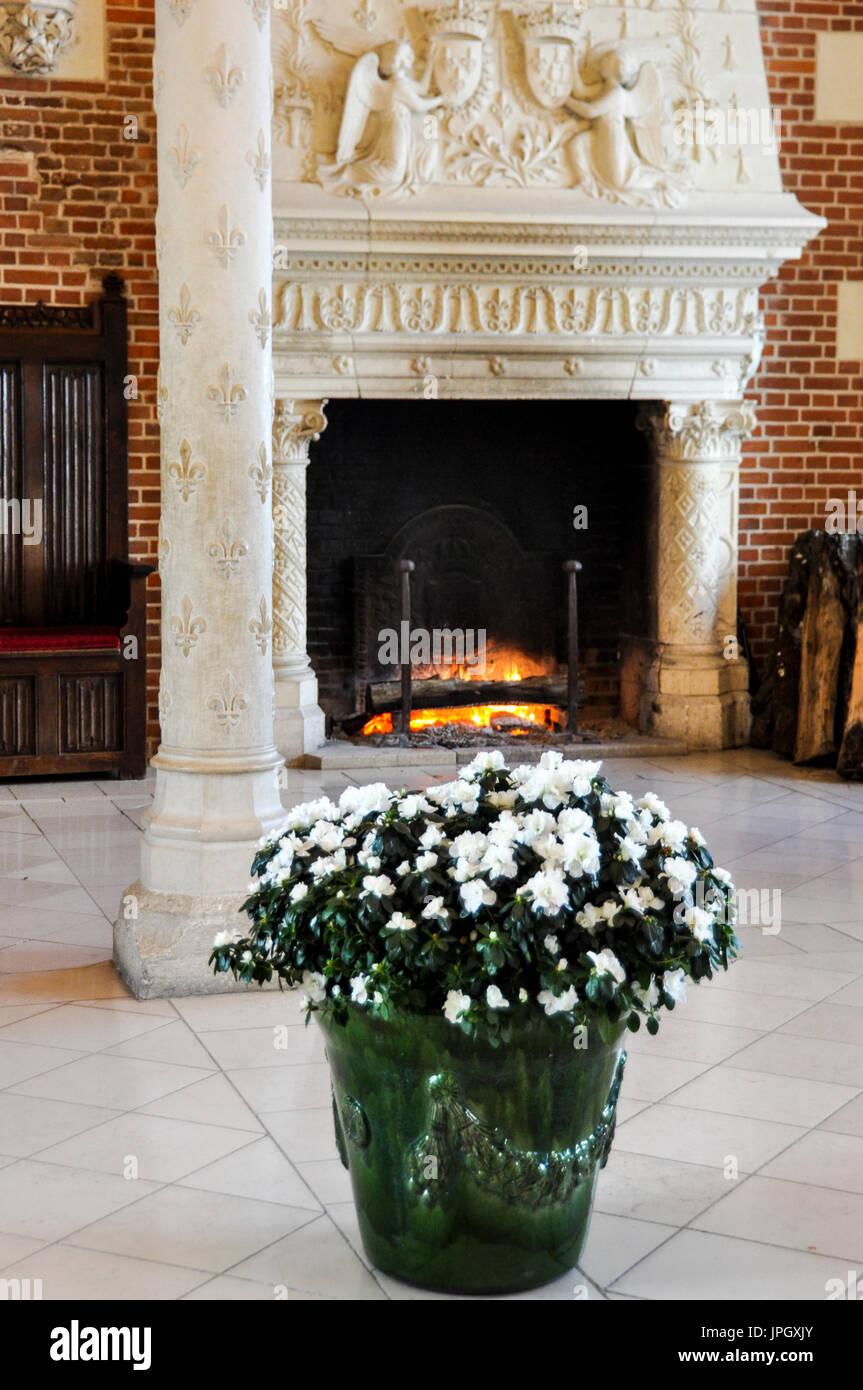 Ceramic Fireplace Stock Photos Amp Ceramic Fireplace Stock