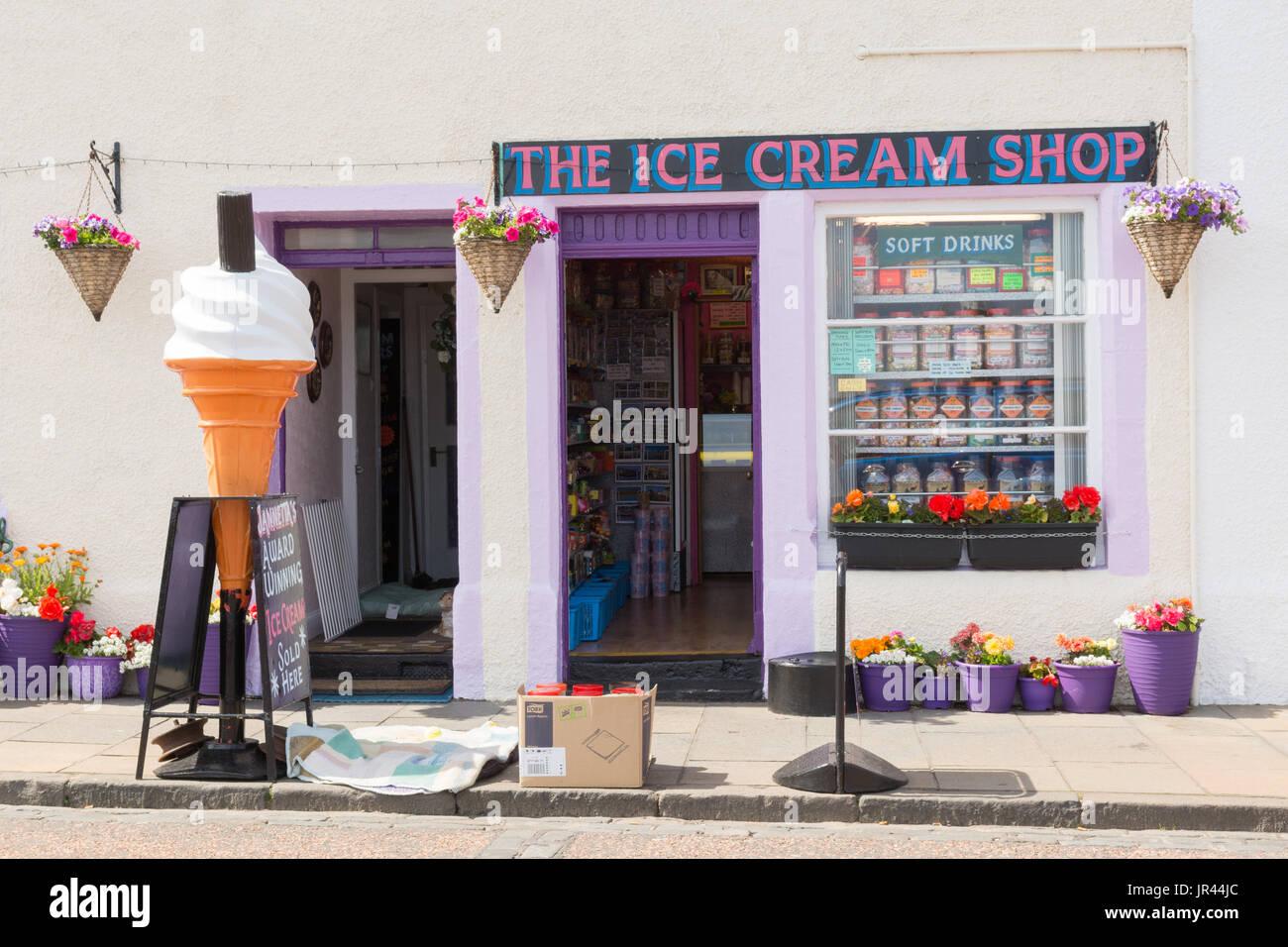 Pittenweem - The Ice Cream Shop - Fife, Scotland, UK - Stock Image