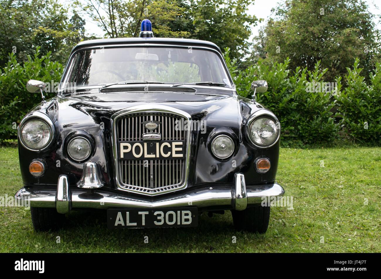 Classic Police Car Stock Photos Amp Classic Police Car Stock Images Alamy