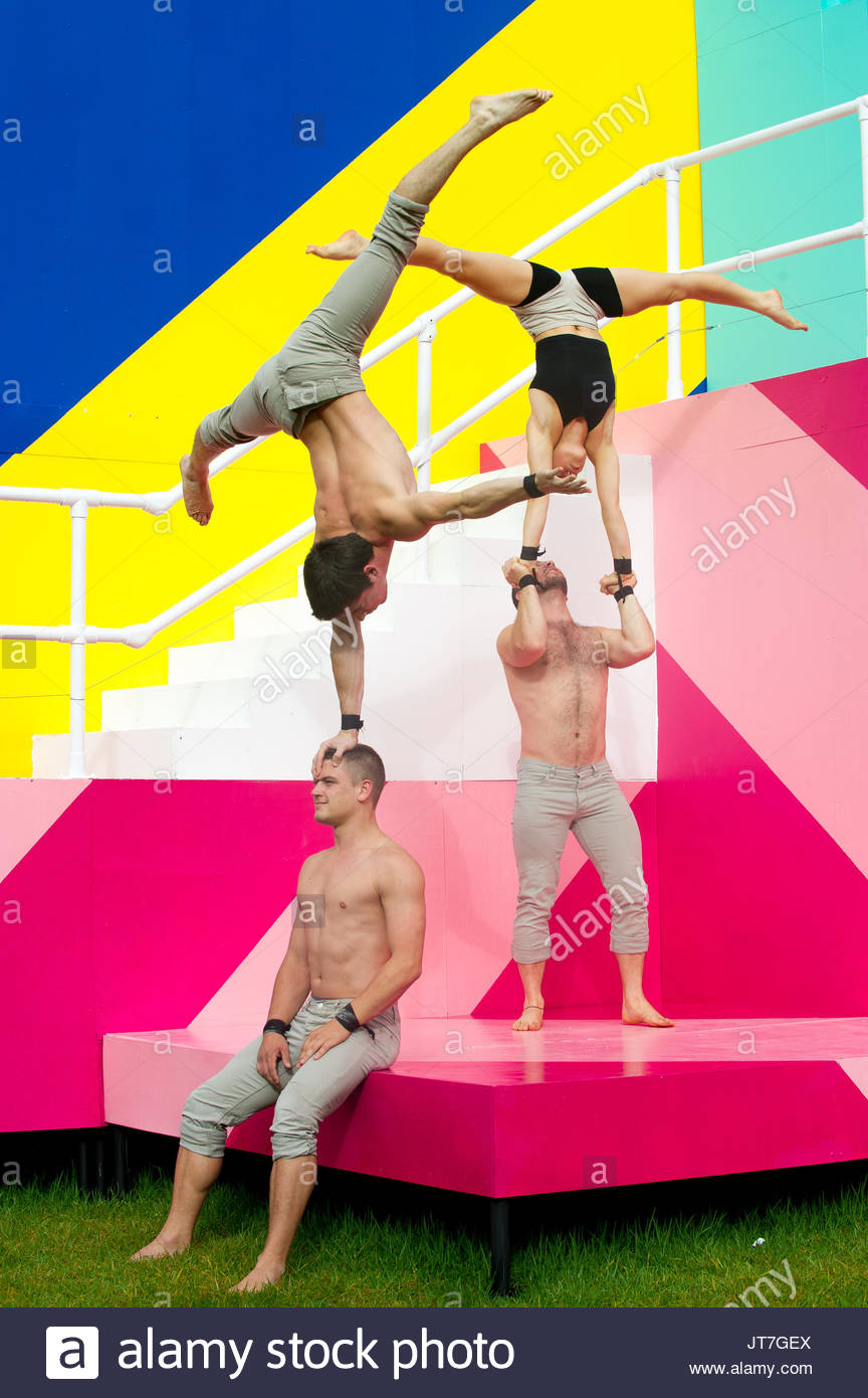 Gravity & Other Myths and Maser Artwork. Acrobats Triton Tunis-Mitchell, Lachlan Binns, Jascha Boyce, Martin - Stock Image