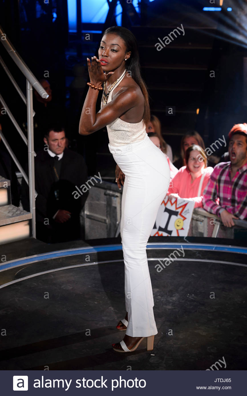 Adoja Mensah. Contestants arrive at The Big Brother House for the 2015 'Timebomb' series - Stock Image