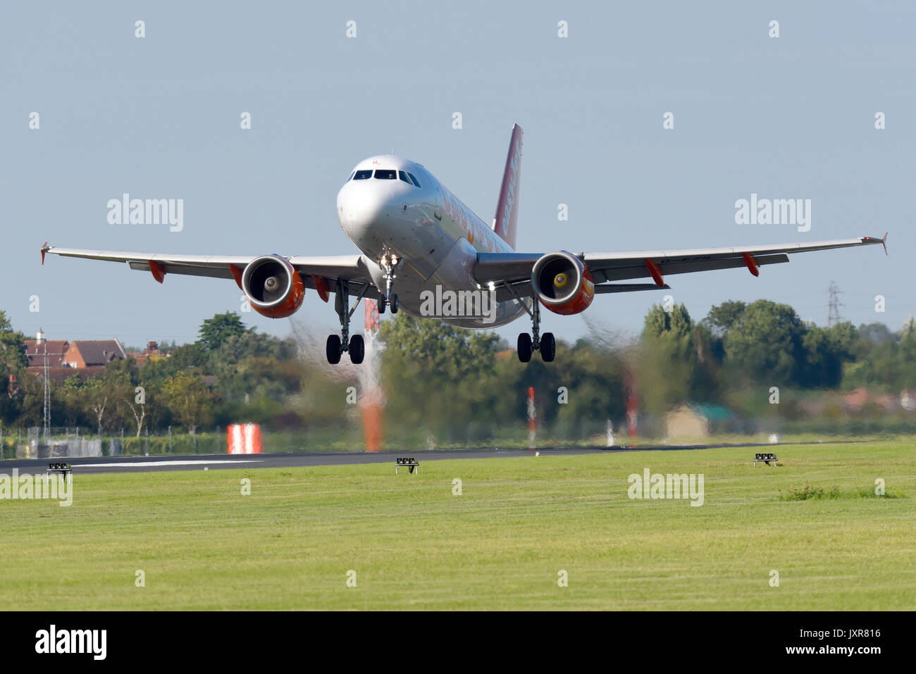 easyjet-airbus-a319-111-jet-plane-g-ezil-airliner-taking-off-from-JXR816.jpg