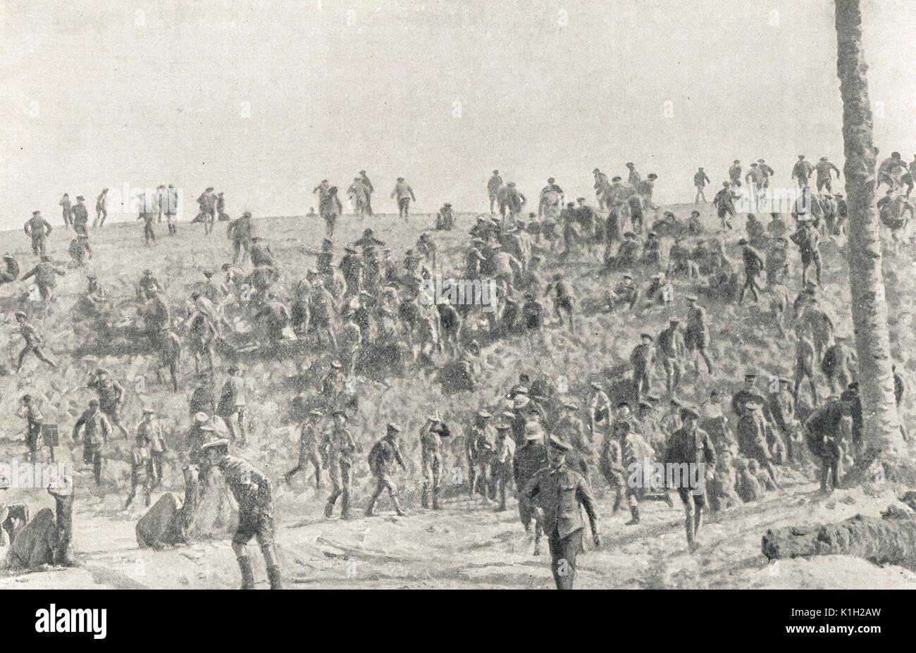 Air raid interrupting Boxing match, WW1 - Stock Image