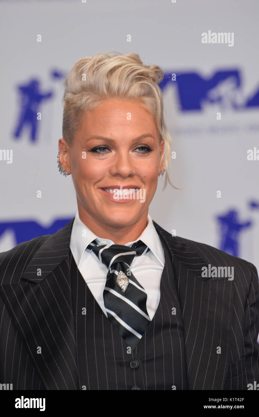 Los Angeles, USA. 27th Aug, 2017.  Pink at the 2017 MTV Video Music Awards at The 'Fabulous' Forum Picture - Stock Image