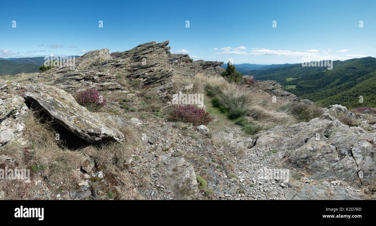 Corniche des Cevennes, trail along the Cevennes Mountains, Languedoc, France. September. - Stock Image