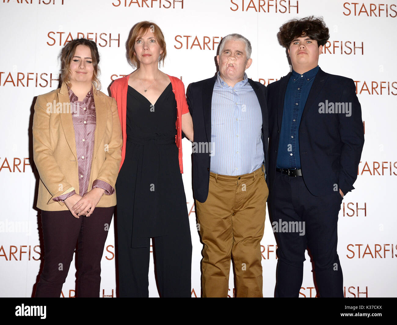 Photo Must Be Credited ©Alpha Press 078237 27/10/2016 Grace Ray, Nicola Nic Ray, Tom Ray and Freddie Ray at - Stock Image