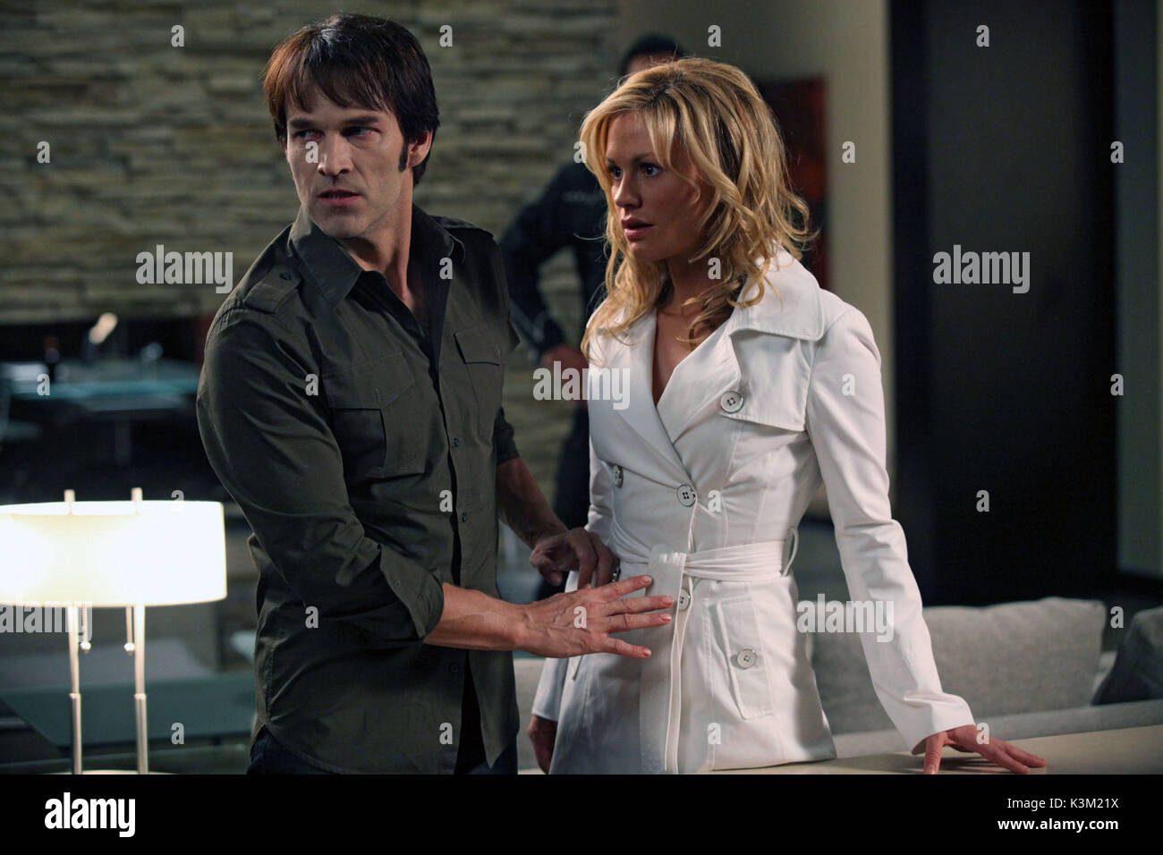 TRUE BLOOD Series,2/Episode,8/Timebomb STEPHEN MOYER as Bill Compton, ANNA PAQUIN as Sookie Stackhouse       Date: - Stock Image