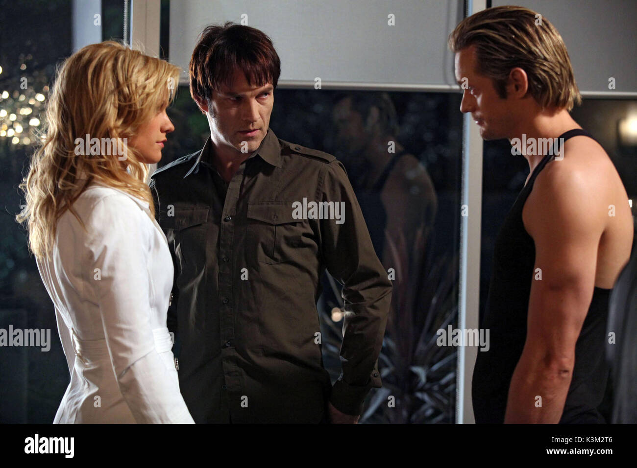 TRUE BLOOD Series,2 / Episode,8 / Timebomb ANNA PAQUIN as Sookie Stackhouse, STEPHEN MOYER as BIll Compton, ALEXANDER - Stock Image