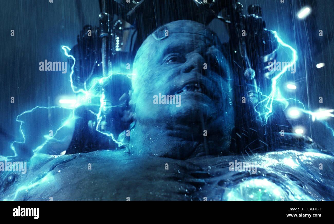 VAN HELSING [US / CZ 2004] SHULER HENSLEY as Frankenstein's Monster VAN HELSING     Date: 2004 Stock Photo